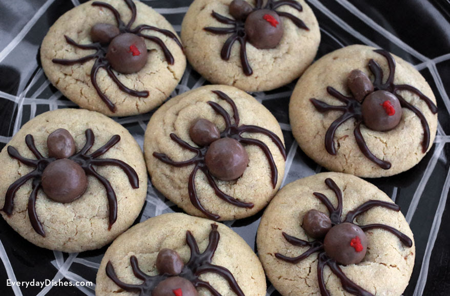 Easy and Fun Halloween Spider Cookies Recipe