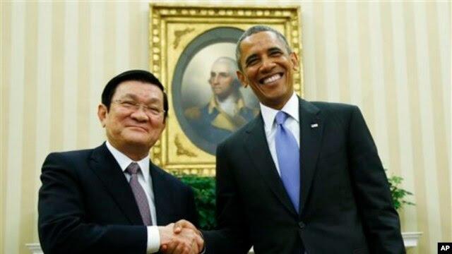 Tổng thống Hoa Kỳ Barack Obama và Chủ tịch nước Việt Nam Trương Tấn Sang trong cuộc họp tại Tòa Bạch Ốc