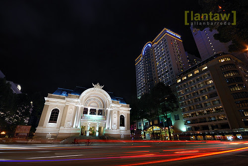 Saigon Night Flow (Saigon Opera House)