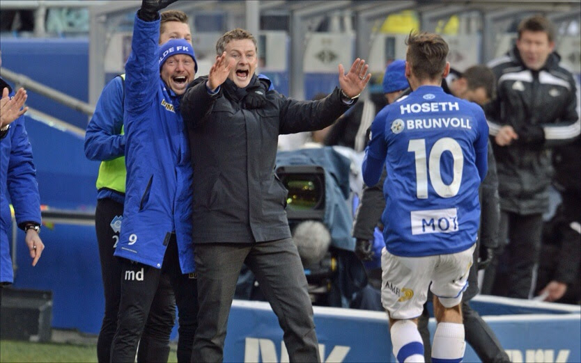 Dbg4Mfx Ole Gunnar Solskjaer celebrating after Molde FK win the Norwegian Cup against Rosenborg