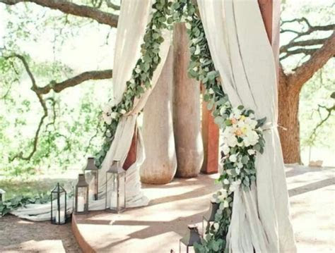 Ideas For Bride's Grand Entrance At Outdoor Wedding Ceremony
