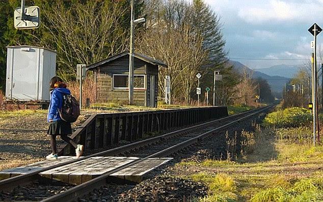 estacao-de-trem-de-um-unico-passageiro-no-Japao_01
