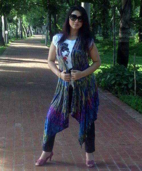 Apu Biswas Bangladeshi Hot Actress Biography  Photo -6337
