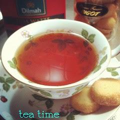 #tea time : dilmah uda watte ceylon #tea & bigot vanille diamanté : thanks @manapua551 #japan