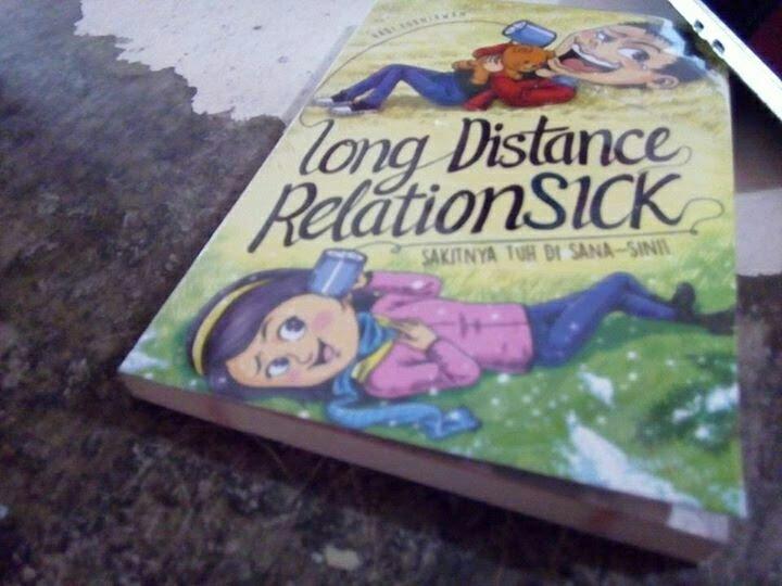 Long Distance Relationsick jepretan bang Kim Pool. – View on Path.