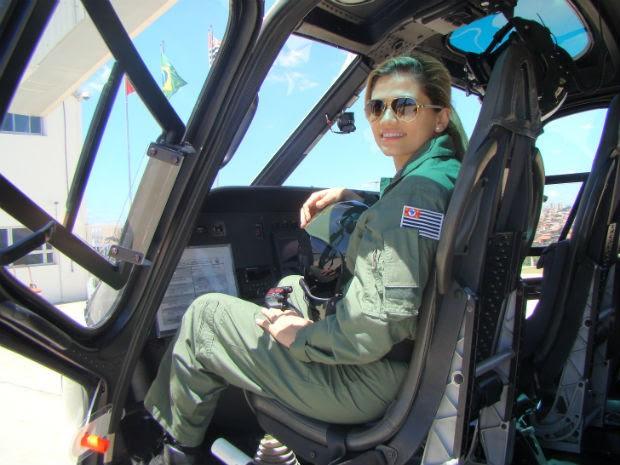 """""""Sempre briguei para ser tratada da mesma forma"""", diz tenente Lara  (Foto: Arquivo pessoal)"""