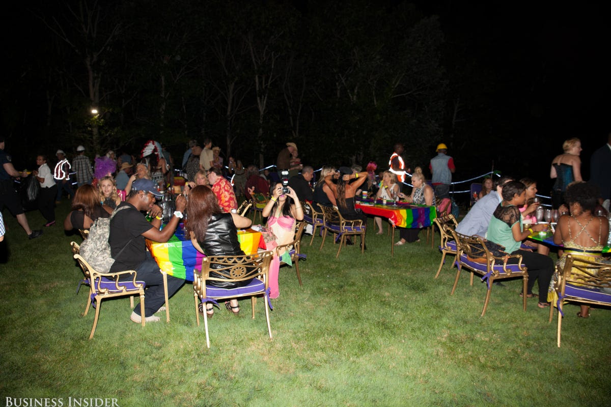 Food was served, and guests chowed down on the beautiful lawn.