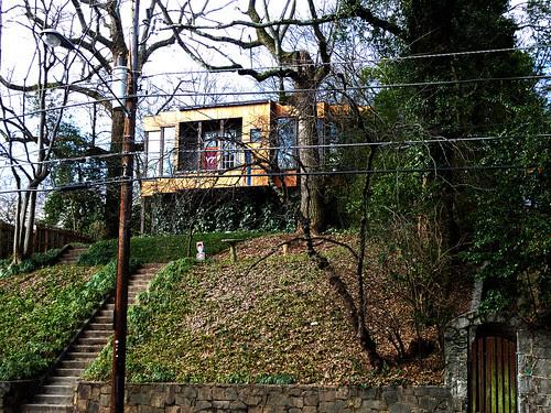 P1000490-2010-01-31-Shutze-Grady-HS-Across-Charles-Allen-Modern