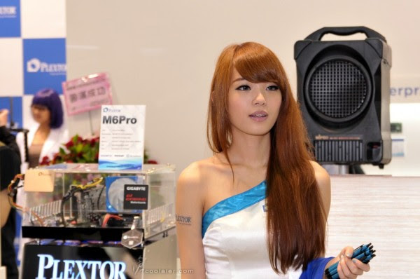 Booth Babes Computex 2014 (18)