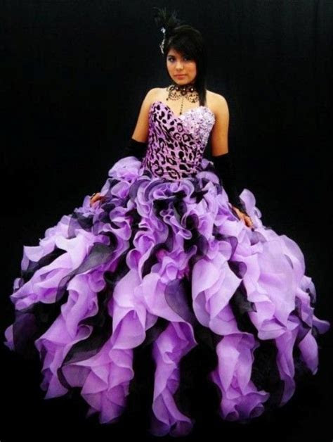 Do you like this quince dress? I love the patterns