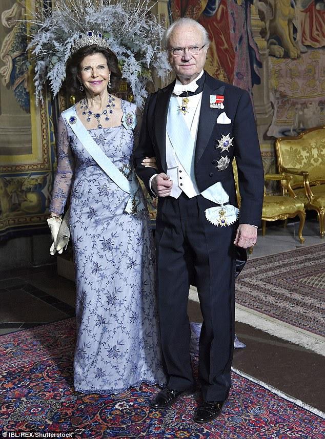 Nobel jantar: o rei Carl Gustaf e a rainha Silvia no jantar do prêmio em Estocolmo