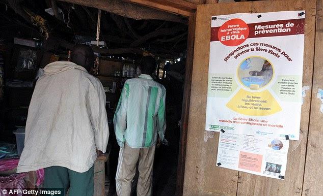 Secretário-Geral Ban Ki-moon disse a jornalistas após uma reunião com líderes da ONU que US $ 600 milhões (£ 368m) é urgentemente necessária para o abastecimento de combate ao Ebola na África Ocidental