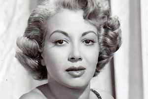 IMG MONICA LEWIS, Actress