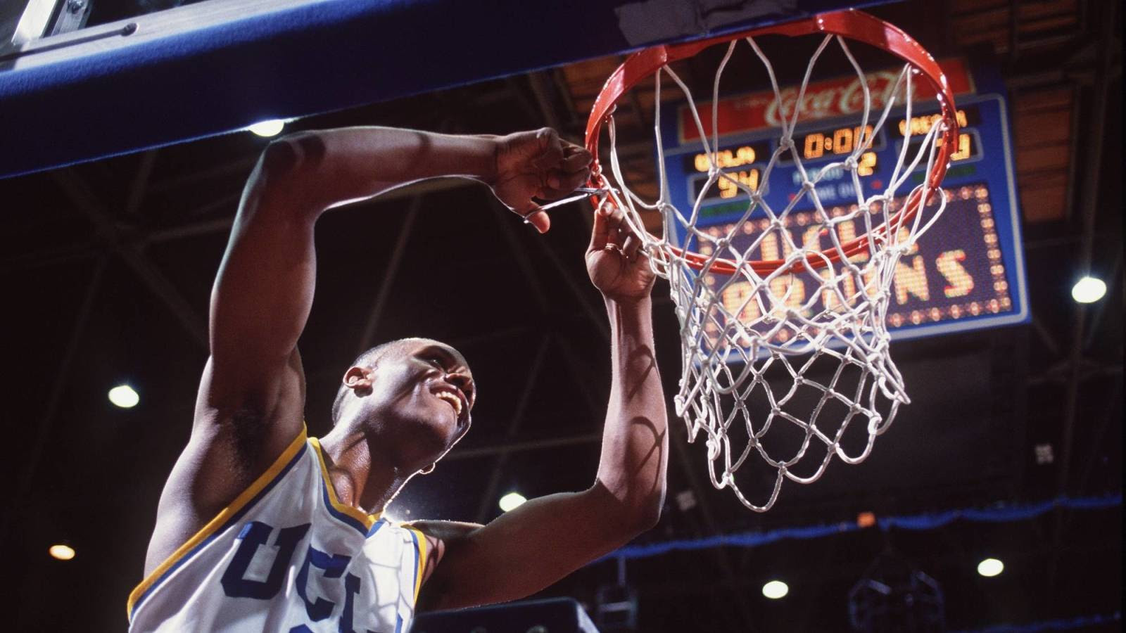 March Sadness 25 Years After His Shining Moment Tyus Edney