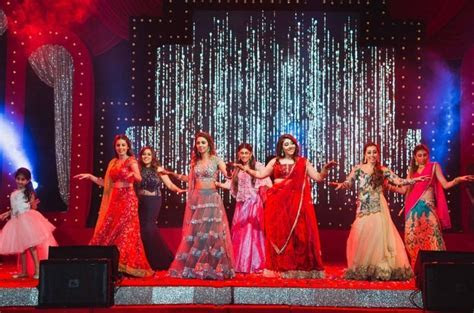 24 Hindi Songs For Dance Performance To Jazz Up Your Wedding
