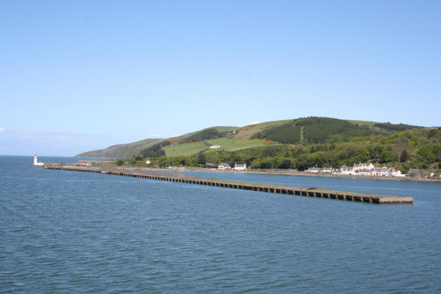File:Passing to the west of Cairnryan Pier en route to Larne - geograph.org.uk - 1322251.jpg