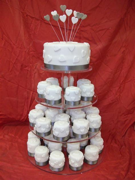 Wedding Cakes in Norwich, Norfolk   Wedding Cake Makers