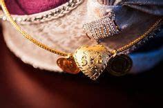 Pictures Latest Gold Thali Kodi Saradu Chain Designs