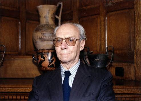 Πέθανε ο ακαδημαϊκός Μιχαήλ Σακελλαρίου