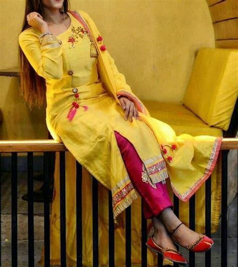 @manidrehar   ?v?rgr??n ..SUIT   Indian designer wear
