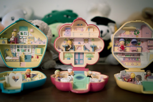 who remembers REAL Polly Pocket?