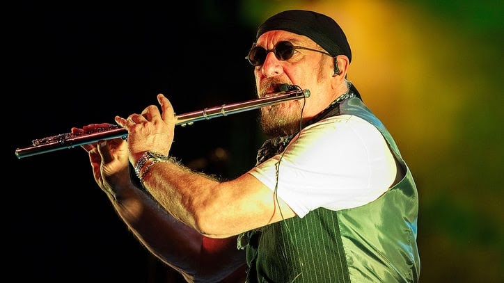 Image result for jethro tull hot night in bucharest images