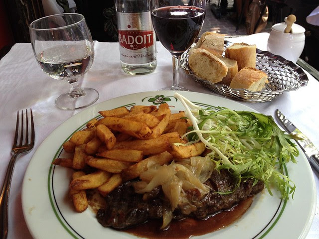 Lunch at Au Pied du Cochon - Paris