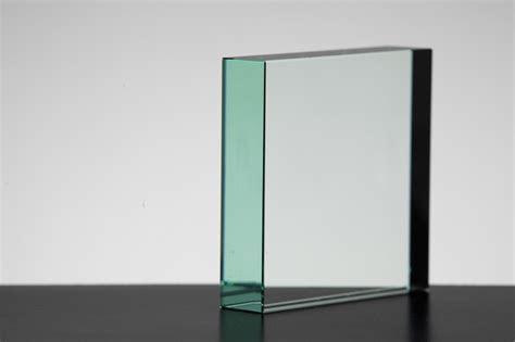 Square Blocks : The Glass Lady