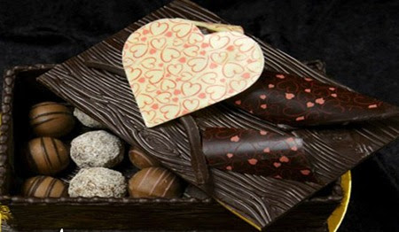 9th Feb Happy Chocolate Day Images Pics Photos Quotes Sms