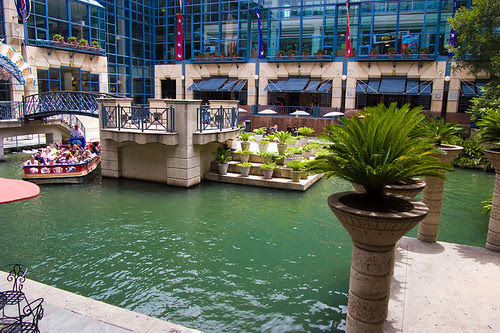 riverview_center_mall_s