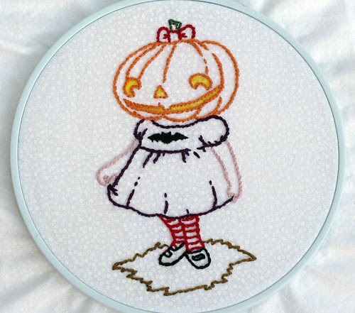 Creepy Pumpkin Girl: Finished!