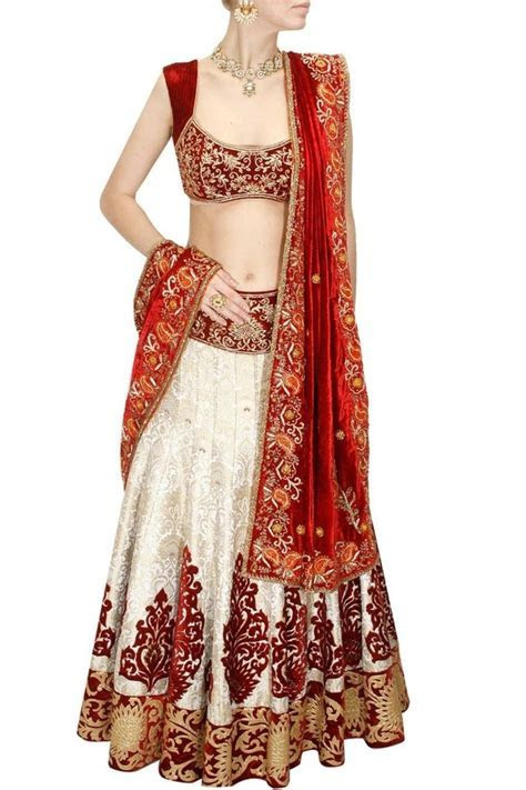 Where is the best place to buy bridal lehenga in Bangalore