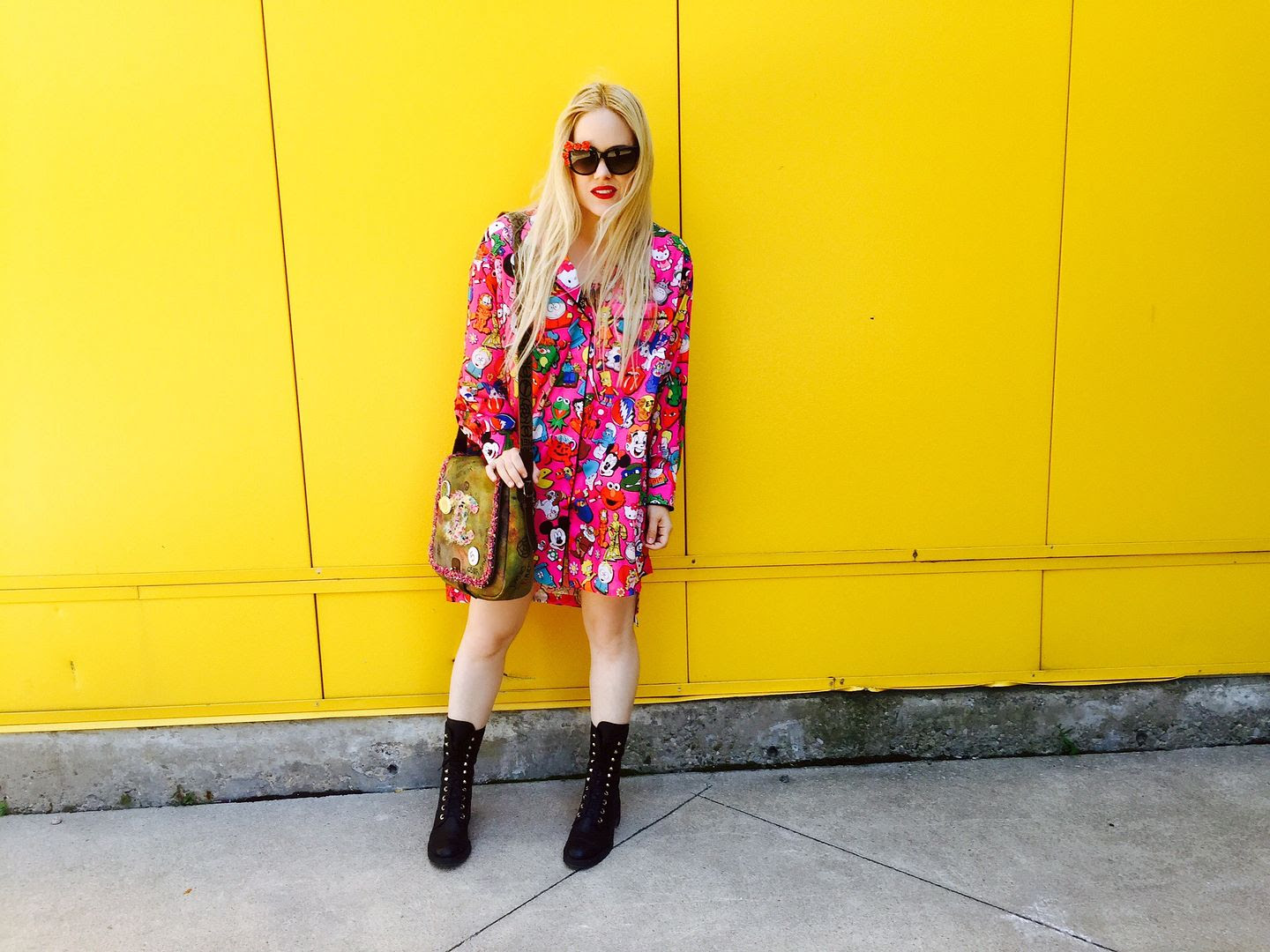 photo chanelblackboots-shirtdress-colorfuldress-annakarinkarlssonglasses_zpsqvnz735v.jpg