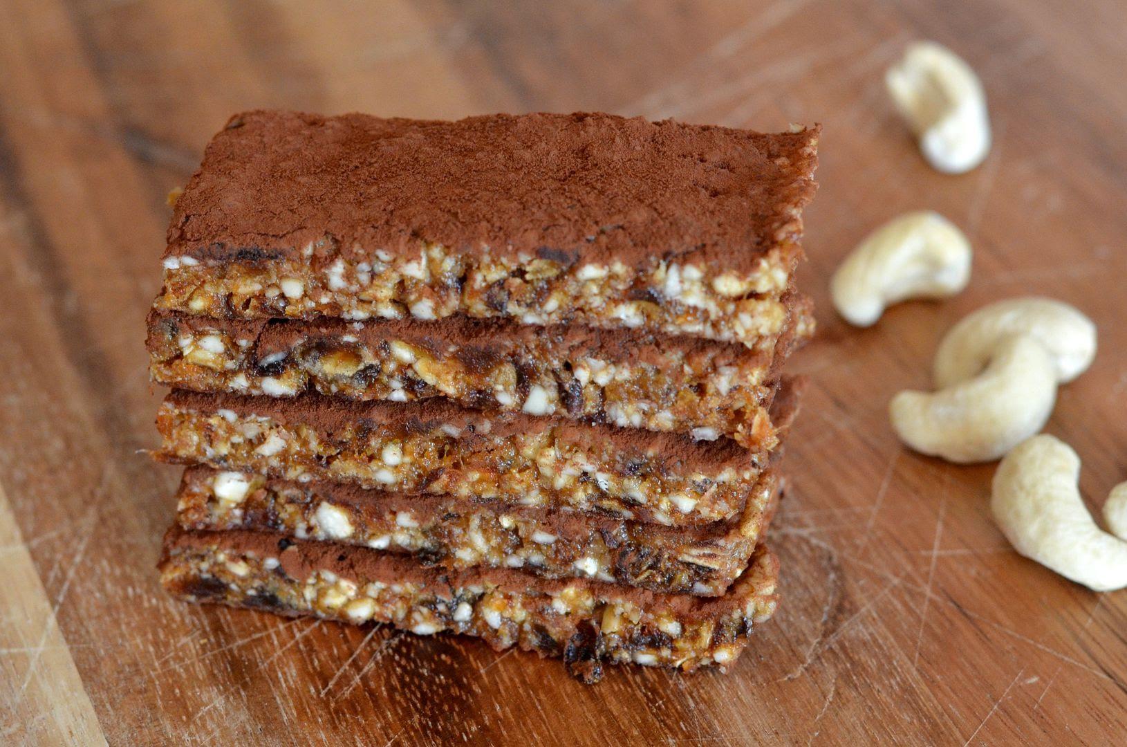 paleo Cashew, Date & Ginger Bars
