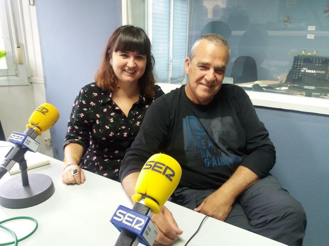 Amaia Oca y Jon Aranguren de la Red de Acogida de migrantes.