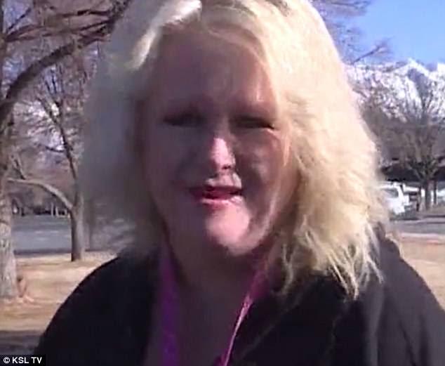 Ο οδηγός του λεωφορείου Angel: Αφού η μητέρα του 11χρονου περάσει από μια σπάνια ασθένεια, δεν υπήρχε κανένας ικανός να κάνει τα μαλλιά της Isabella μέχρις ότου το προσφέρθηκε να το κάνει ο οδηγός του σχολικού λεωφορείου Tracy Dean (φωτογραφία)