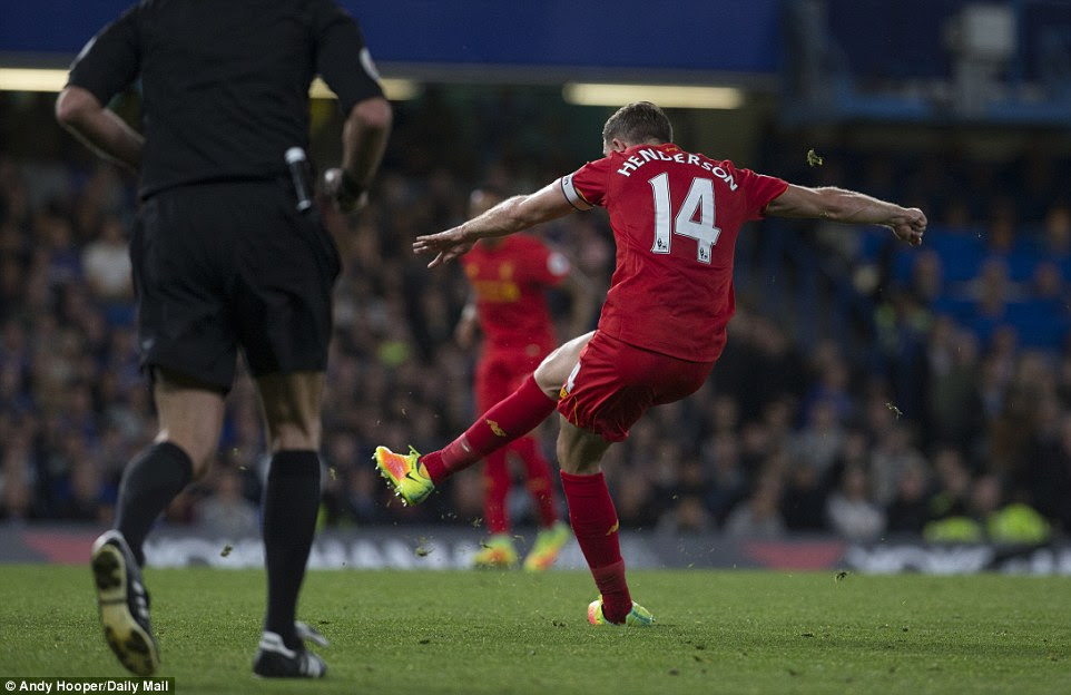 Henderson collected a poor clearance from Chelsea defender Cahill before letting fly from distance