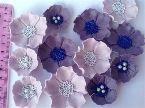 edible icing sugar flowers wedding cake decorations