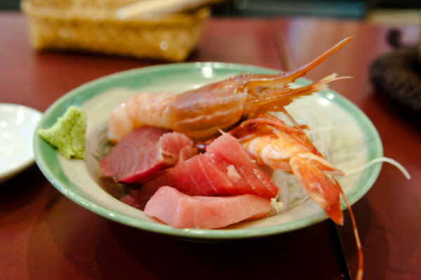 Sashimi breakfast at Tsukiji fish market