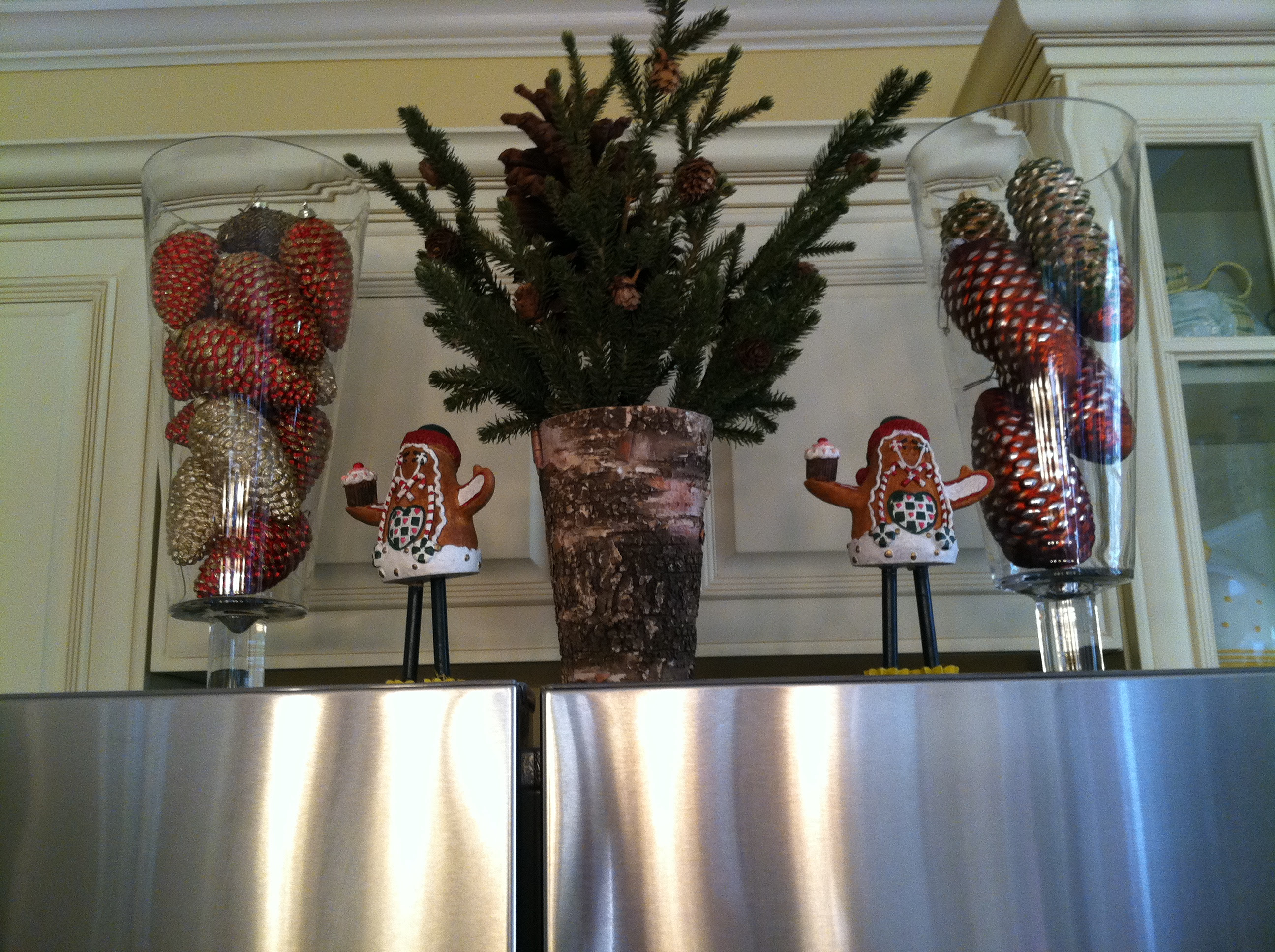 Decorating With Clear Vases Canisters Jars Hurricanes