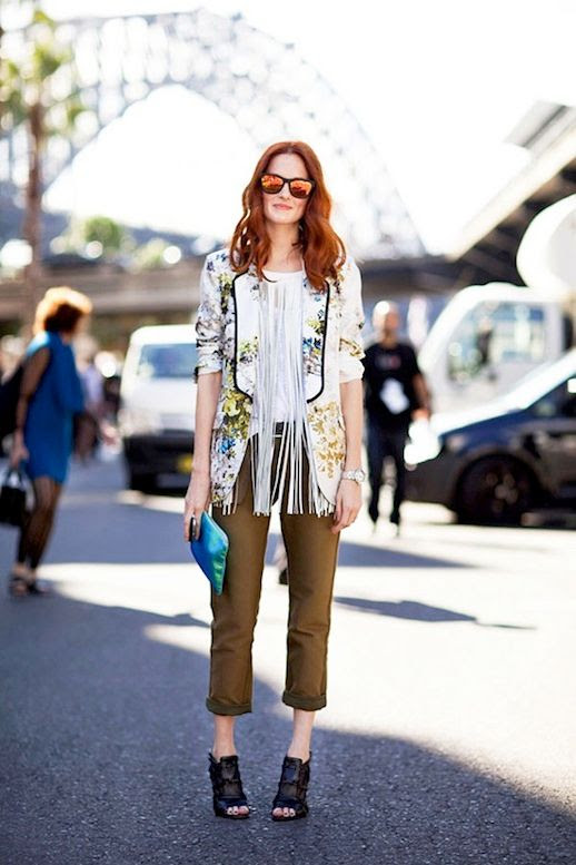 Le Fashion Blog 15 Ways To Wear Floral Prints Taylor Tomasi Hill Street Style Sunglasses Vest Fringe Necklace Via Harpers Bazaar photo 15-Ways-To-Wear-Floral-Prints-Taylor-Tomasi-Hill-Street-Style-Sunglasses-Vest-Fringe-Necklace-Via-Harpers-Bazaar.jpg
