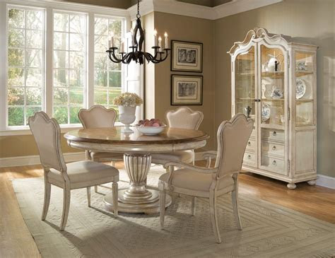 cool   dining room table  chairs  small home