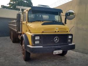 Caminhão com  uma tonelada de maconha em Araripina, no Sertão (Foto: Divulgação/PF)