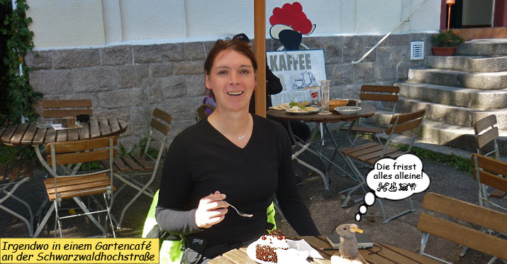 Svenja isst Schwarzwälder Kirschtorte
