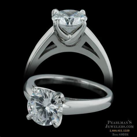 Michael Bondanza's Platinum Chelsea engagement ring with t..