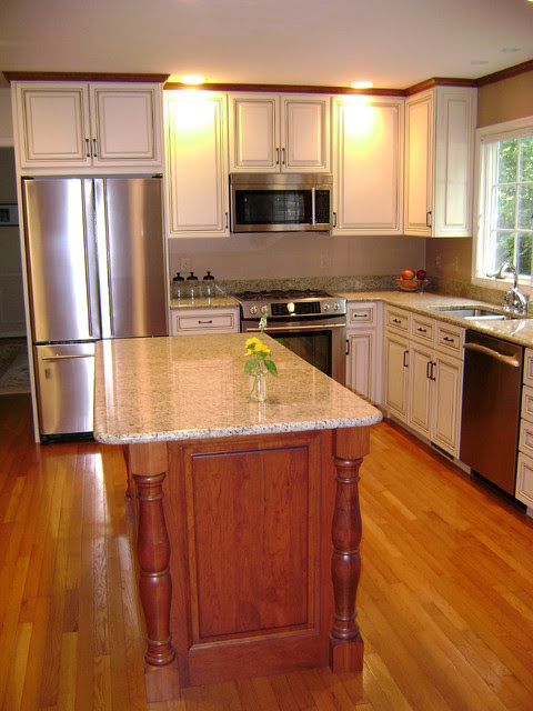 Traditional White Kitchen with Contrasting Cherry Island ...