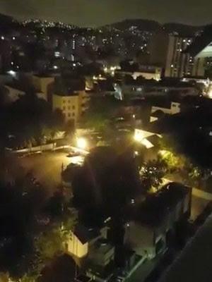 Morador registra momento em que operação polcial era realizada no Lins. (Foto: Enviado pelo Whatsapp)