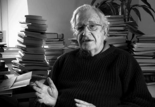 Chomsky: A invasão do Iraque está na origem de grupos como o Estado Islâmico