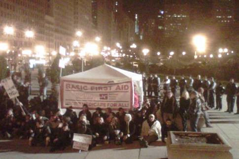 Occupy Chicago: Last tent standing