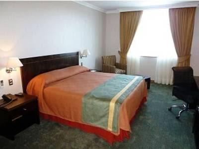 Hotel Diego de Almagro Lomas Verdes Reviews